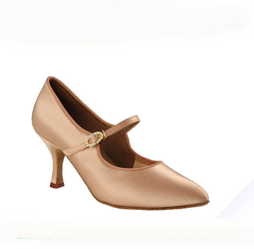 137 Ladies Standard Shoe